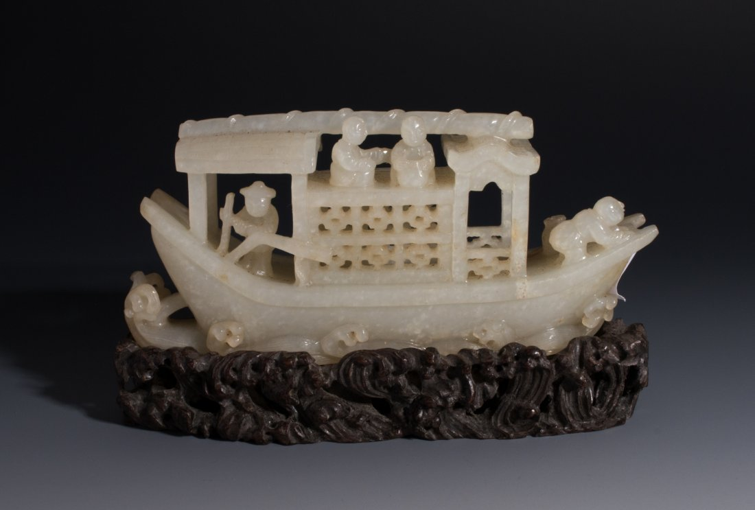 CHINESE WHITE JADE BOAT SCULPTURE