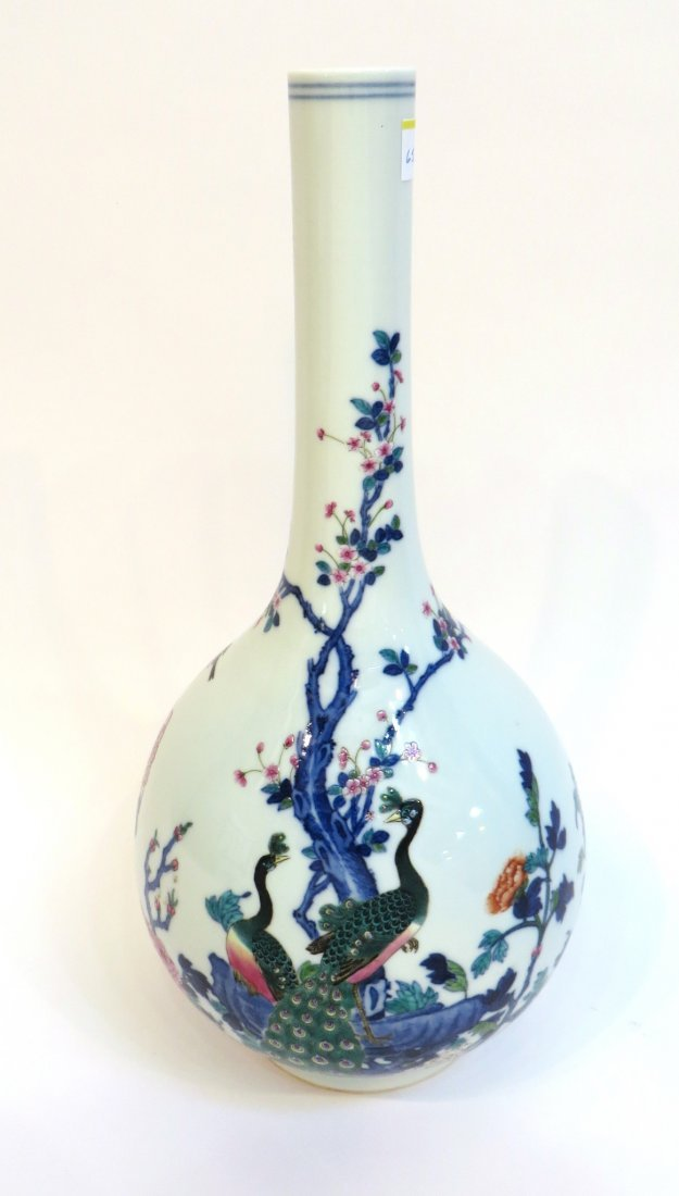 CHINESE YONGZHENG MARKED LONG NECKED VASE