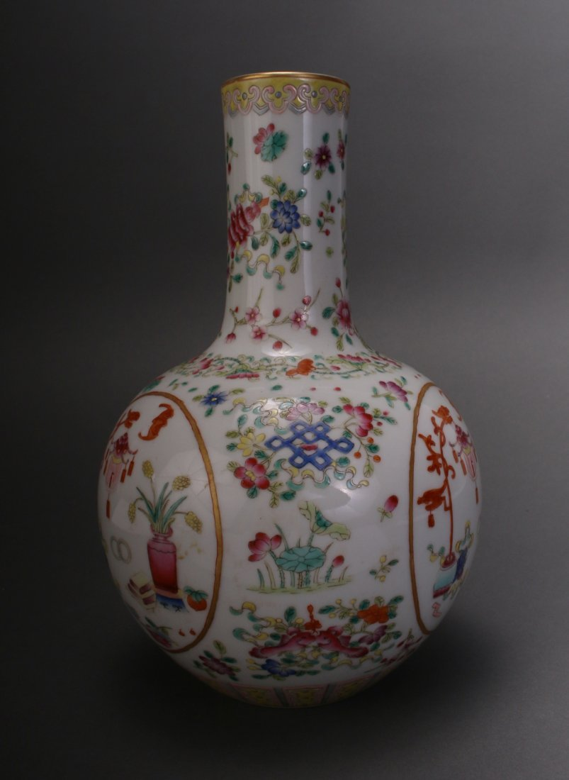 CHINESE FAMILLE ROSE QIAN LONG VASE - 5