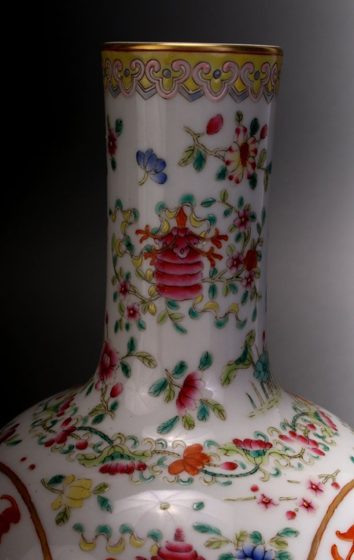 CHINESE FAMILLE ROSE QIAN LONG VASE - 7