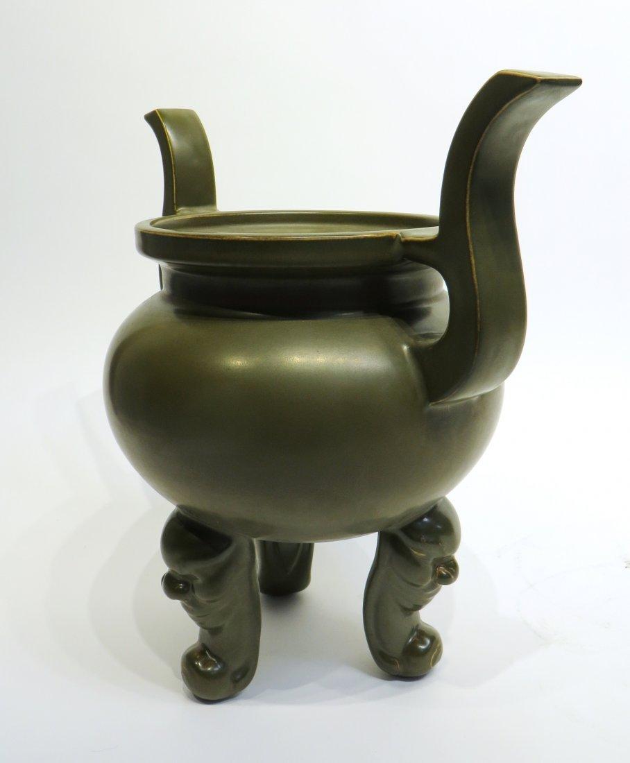 LARGE CHINESE TEA DUST TRIPOD CENSER - 4