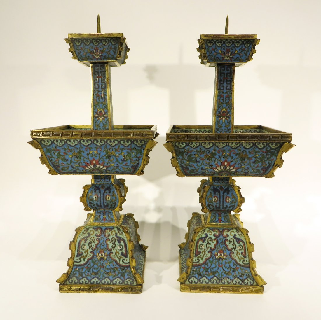 PAIR OF CHINESE CLOISONNE CANDLE STANDS - 2