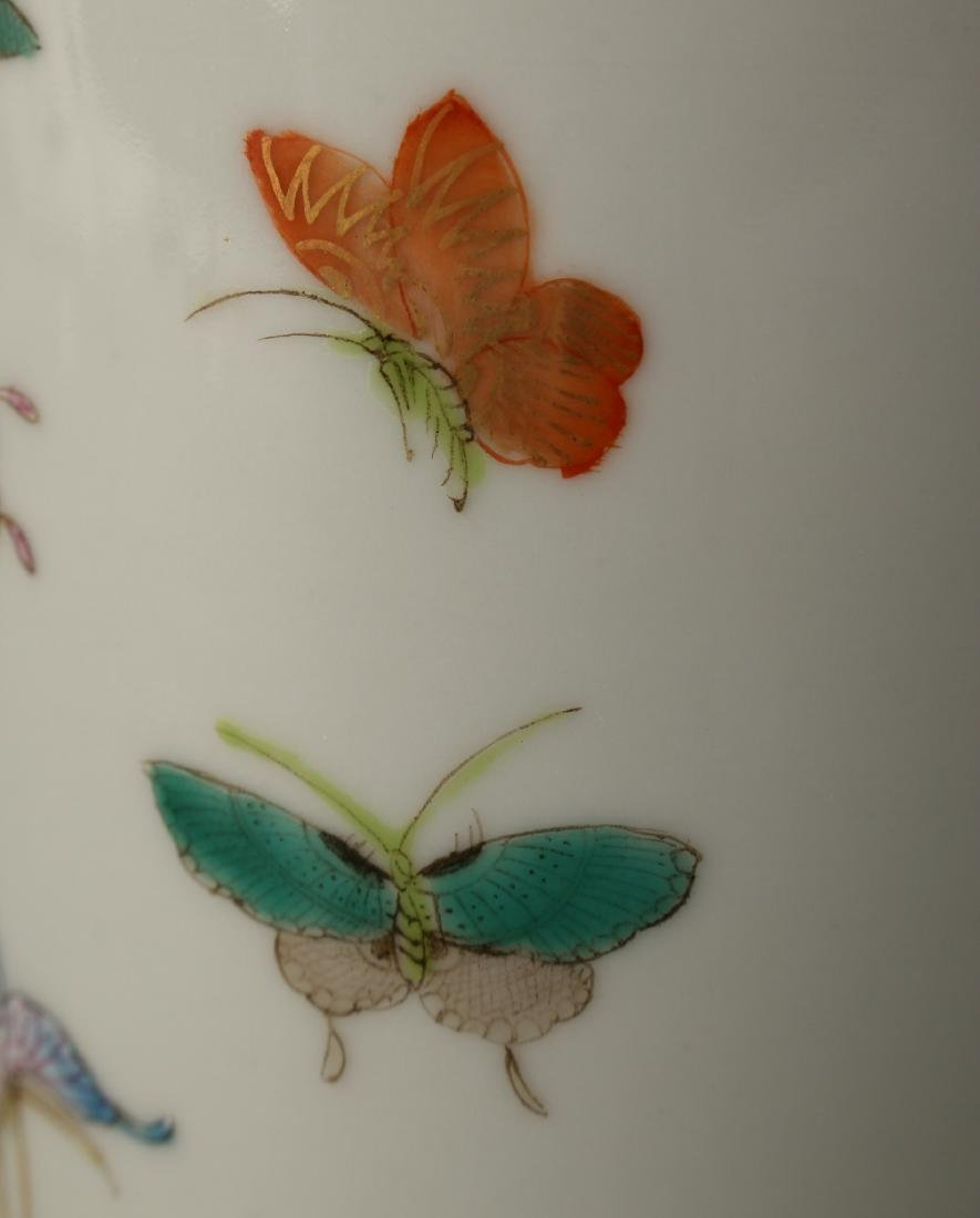 """CHINESE QIANLONG """"100 BUTTERFLY"""" VASE - 4"""