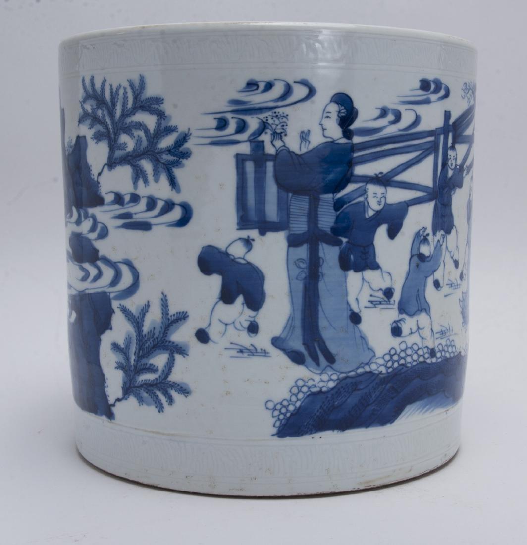 LARGE BLUE AND WHITE BRUSH POT - 6