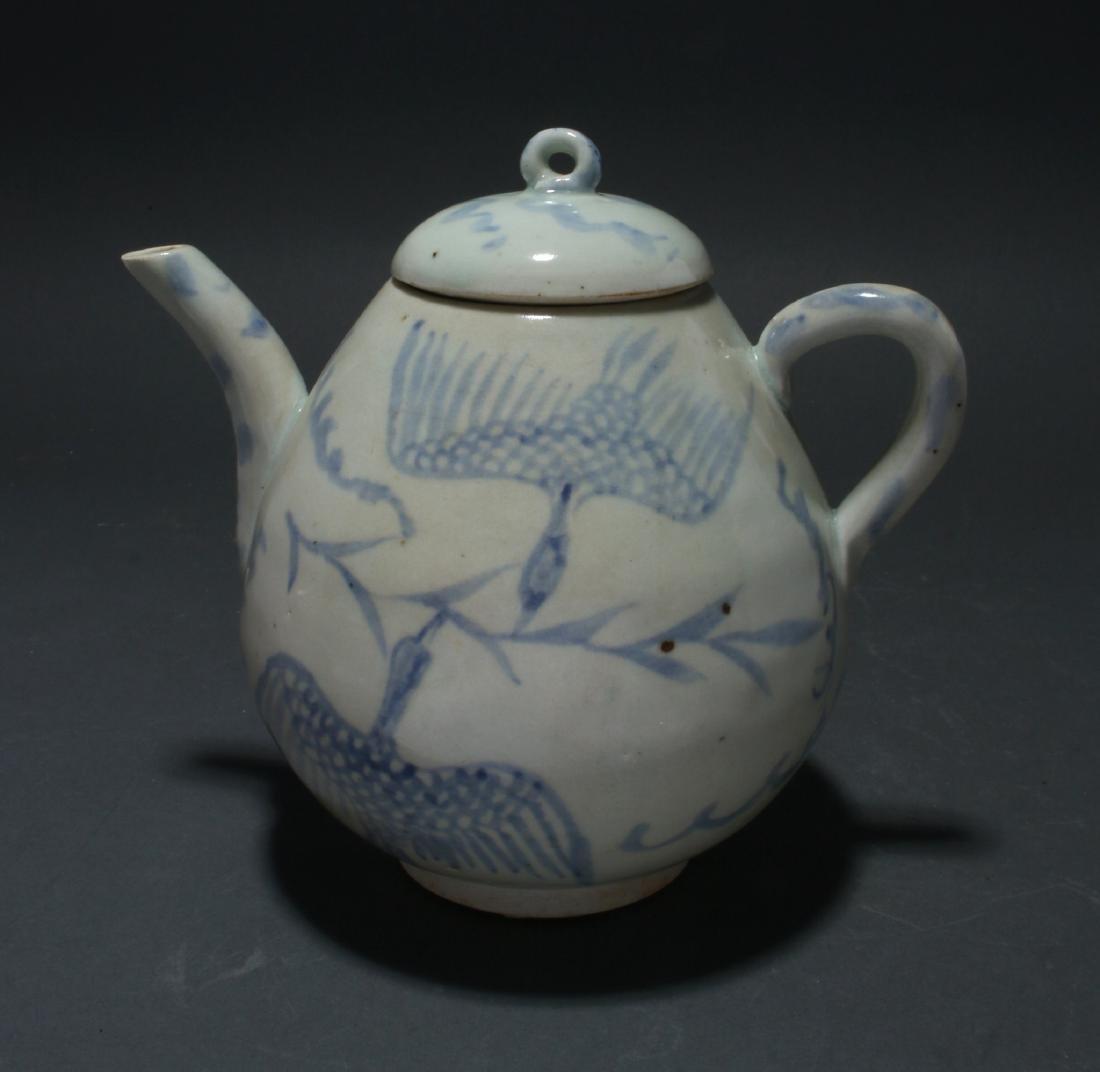 BLUE AND WHITE TEA POT - 3