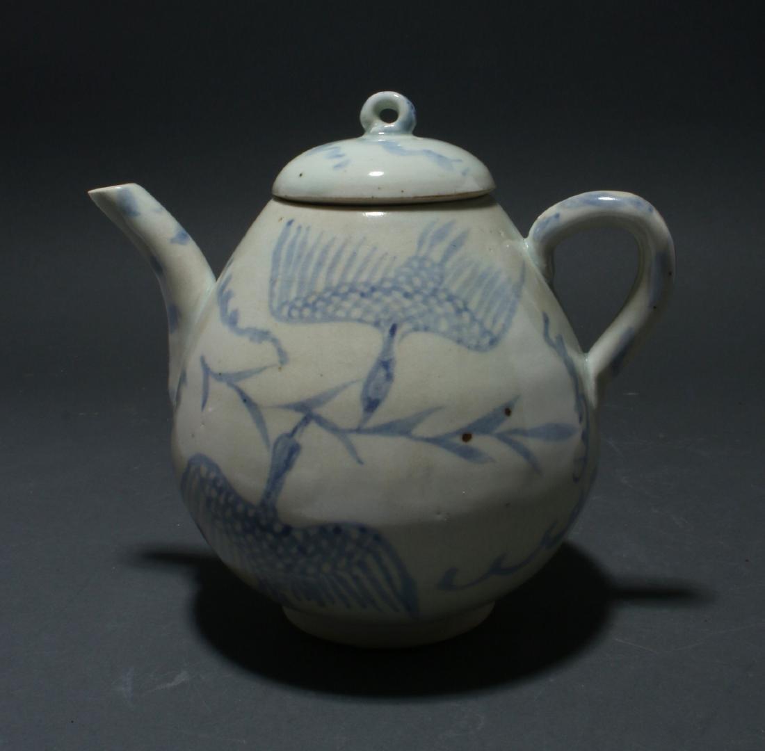 BLUE AND WHITE TEA POT - 4