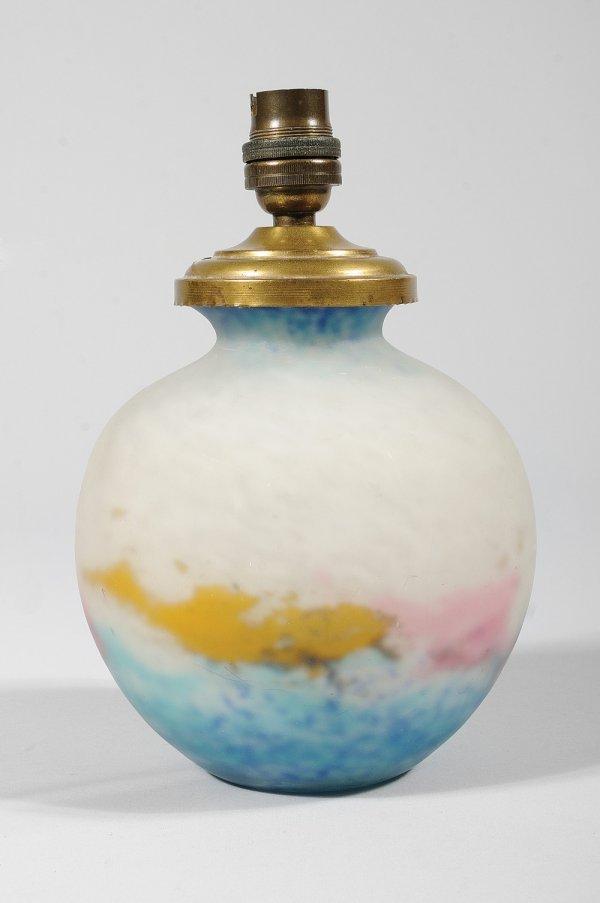 280: MULLER / LUNEVILLE Pied de lampe boule en verre à