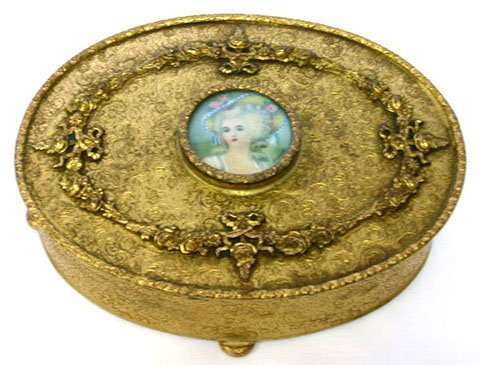 8: ORNATE LADIES DRESSER BOX WITH SIGNED PORTRAIT