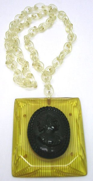 21: GREAT VICTORIAN STYLE CAMEO BAKELITE NECKLACE