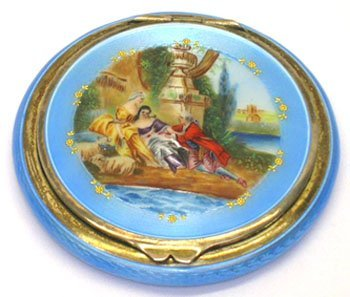 255: LADIES ENAMELED SILVER COMPACT W VICTORIAN SCENE