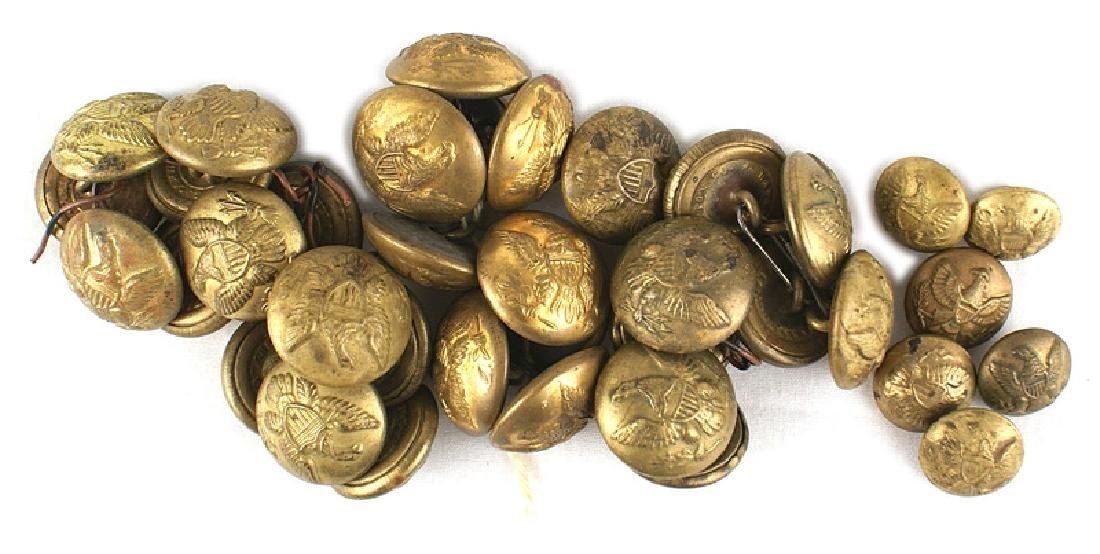 Lot 31 Civil War General Service uniform buttons