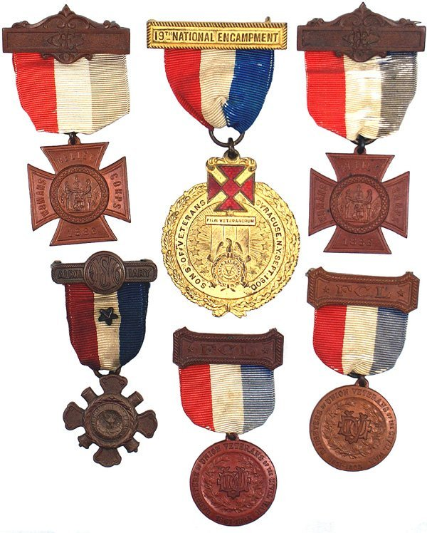 115: Lot of 6 Civil War related organization badges