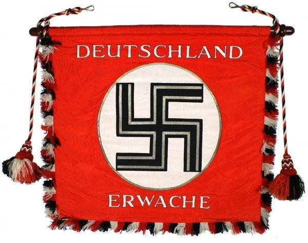 784: DEUTSCHLAND ERWACHE standard flag