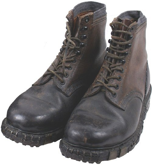 194: German WWII Mountain Troops boots