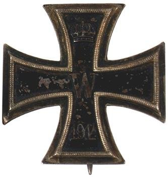 15: German WWI 1914 Iron Cross 1st Class medal