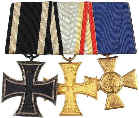 19: German WWI 3 medal bar 1914 Iron Cross 2nd Class