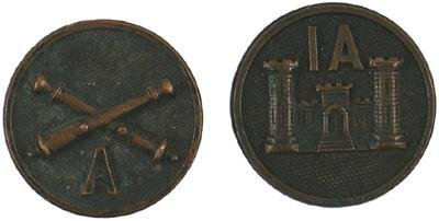 942: Lot of 2 U.S. WWI Army EM color discs