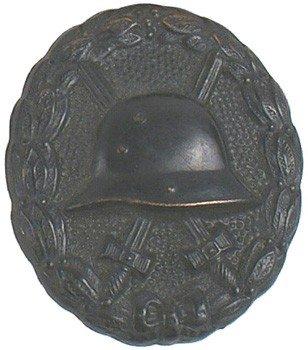 24: German WWI Black Wound Badge medal
