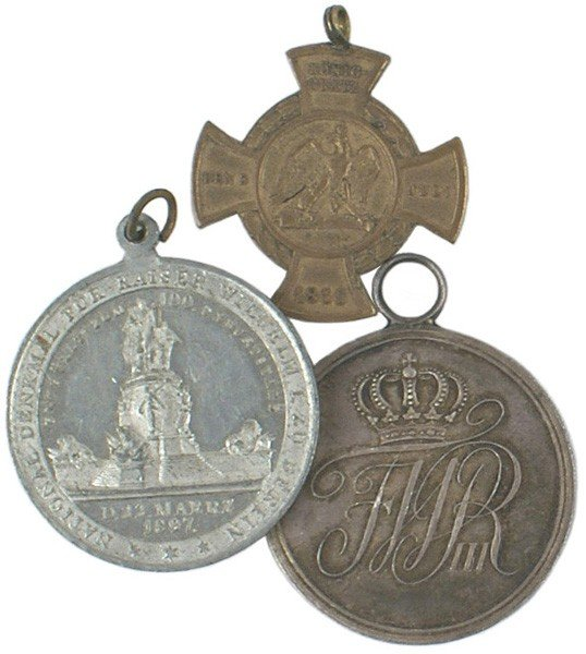 2: Lot of 3 Prussian awards medals