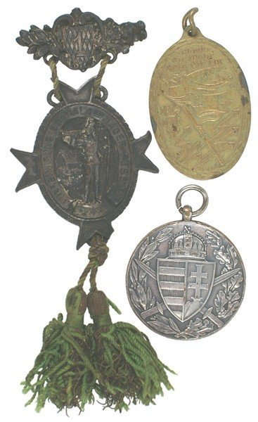 11: Lot of 3 German WWI medals