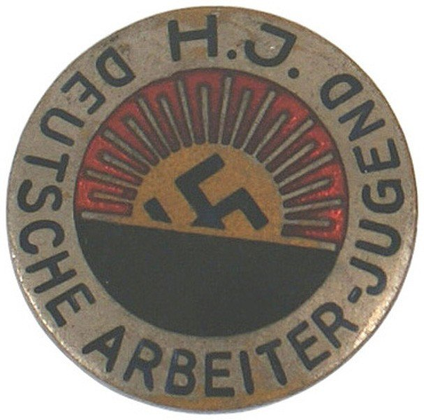 31: Early German WWII Hitler Youth member badge