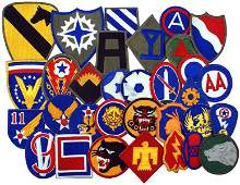 736 Lot of 32 US WWII Specialty uniform patches