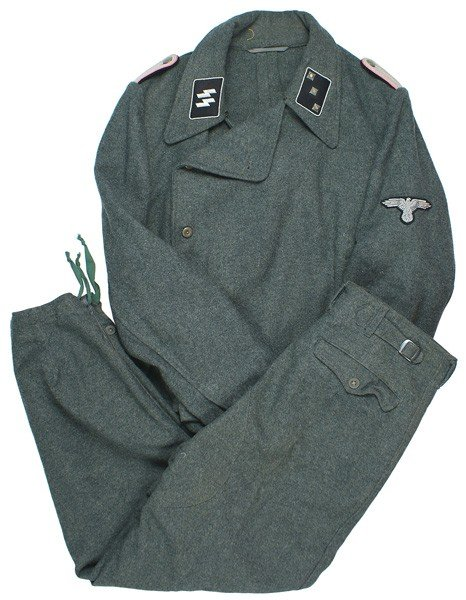 509: German WWII Waffen-SS assault gunner uniform
