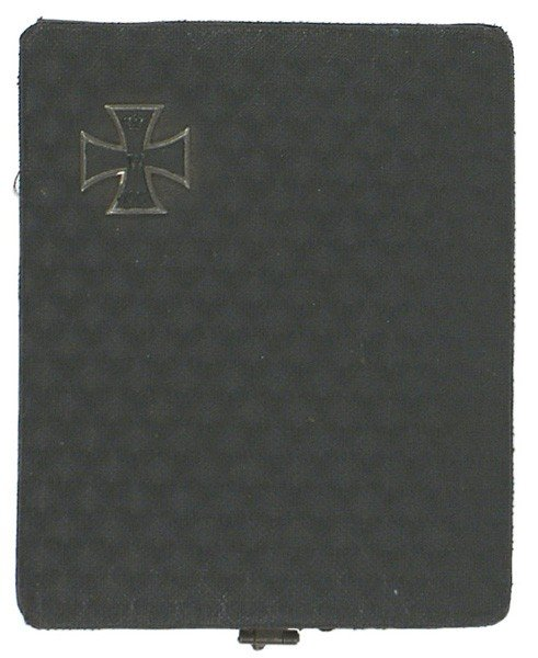 11: German 1914 2nd Class Iron Cross case