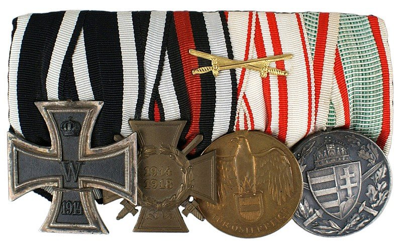 21: German WWI medal bar 1914 Iron Cross