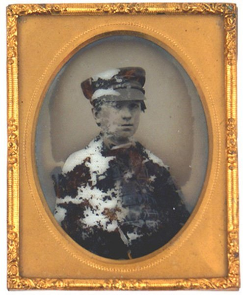 70: Ambrotype military photo Circa 1840