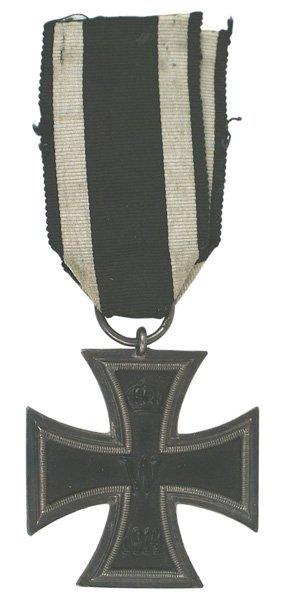 2: German WWI 1914 Iron Cross 2nd Class medal