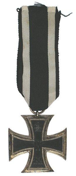 4: German WWI 1914 Iron Cross 2nd Class medal