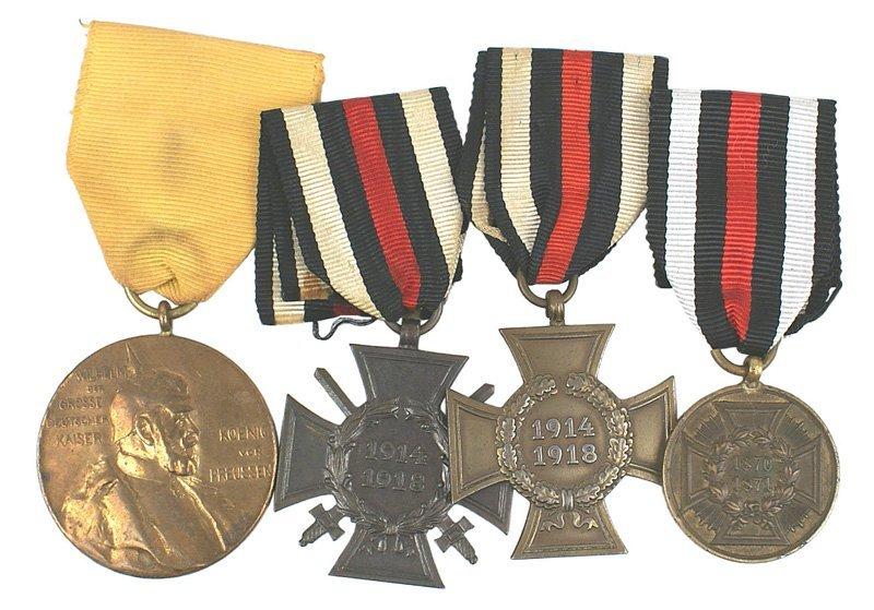 15: Lot of 4 German WWI medals War Wilhelm etc