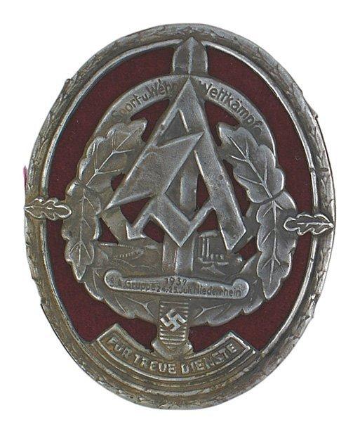 40: German WWII SA 1937 War Games badge