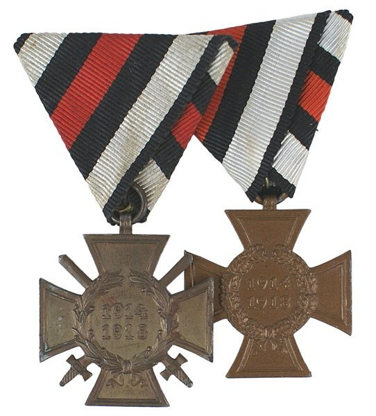 Lot 2 German 1914-18 Cross medals