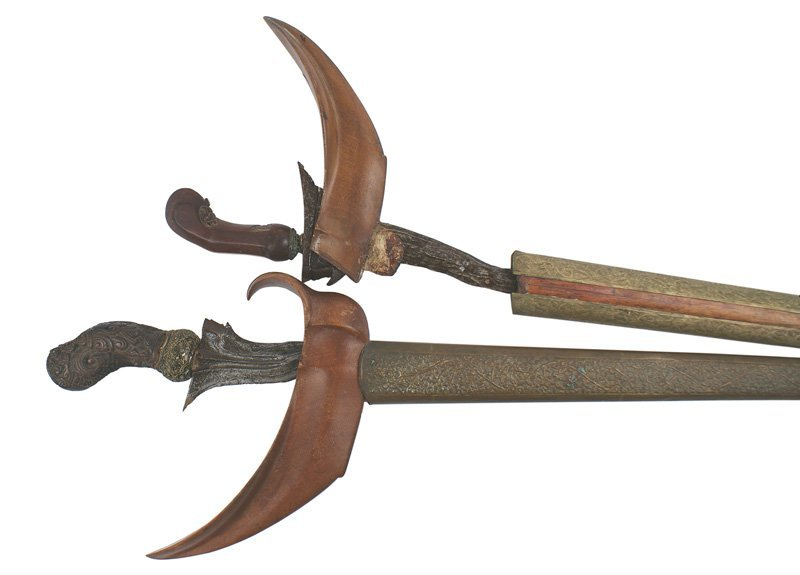 Lot of 2 krisses Circa 1880 sword Java
