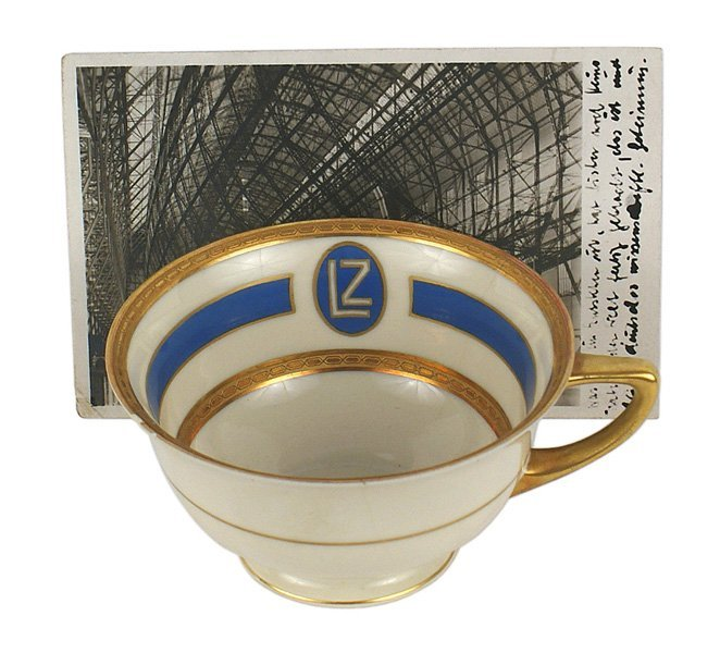 Table service cup Graf Zeppelin airship