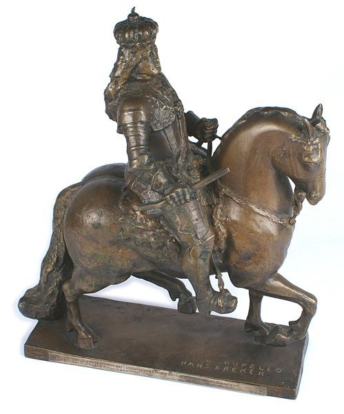 Historical bronze Jana Wihelmia Wittelsbacha horseback