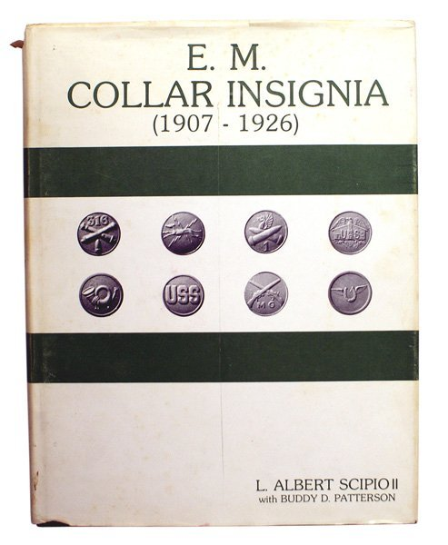 EM COLLAR INSIGNIA reference book