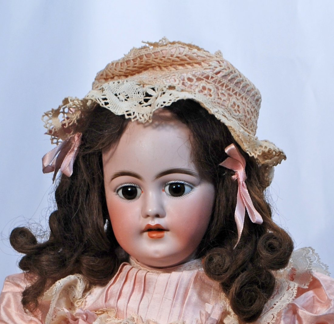26.  PRETTY GERMAN BISQUE CHILD BY SIMON & HALBIG. - 2