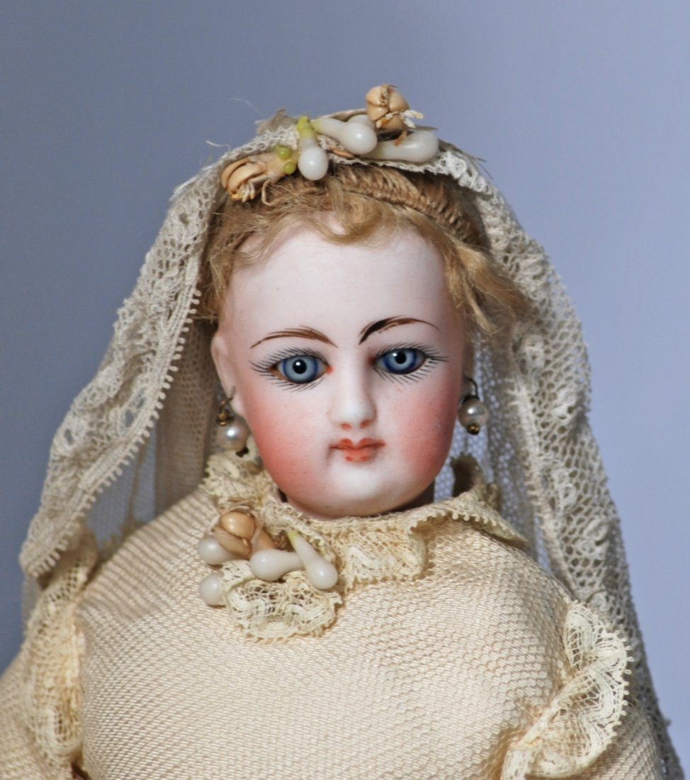 136.  PETITE FRENCH BISQUE POUPEE AS BRIDE.  Marks: 0. - 2