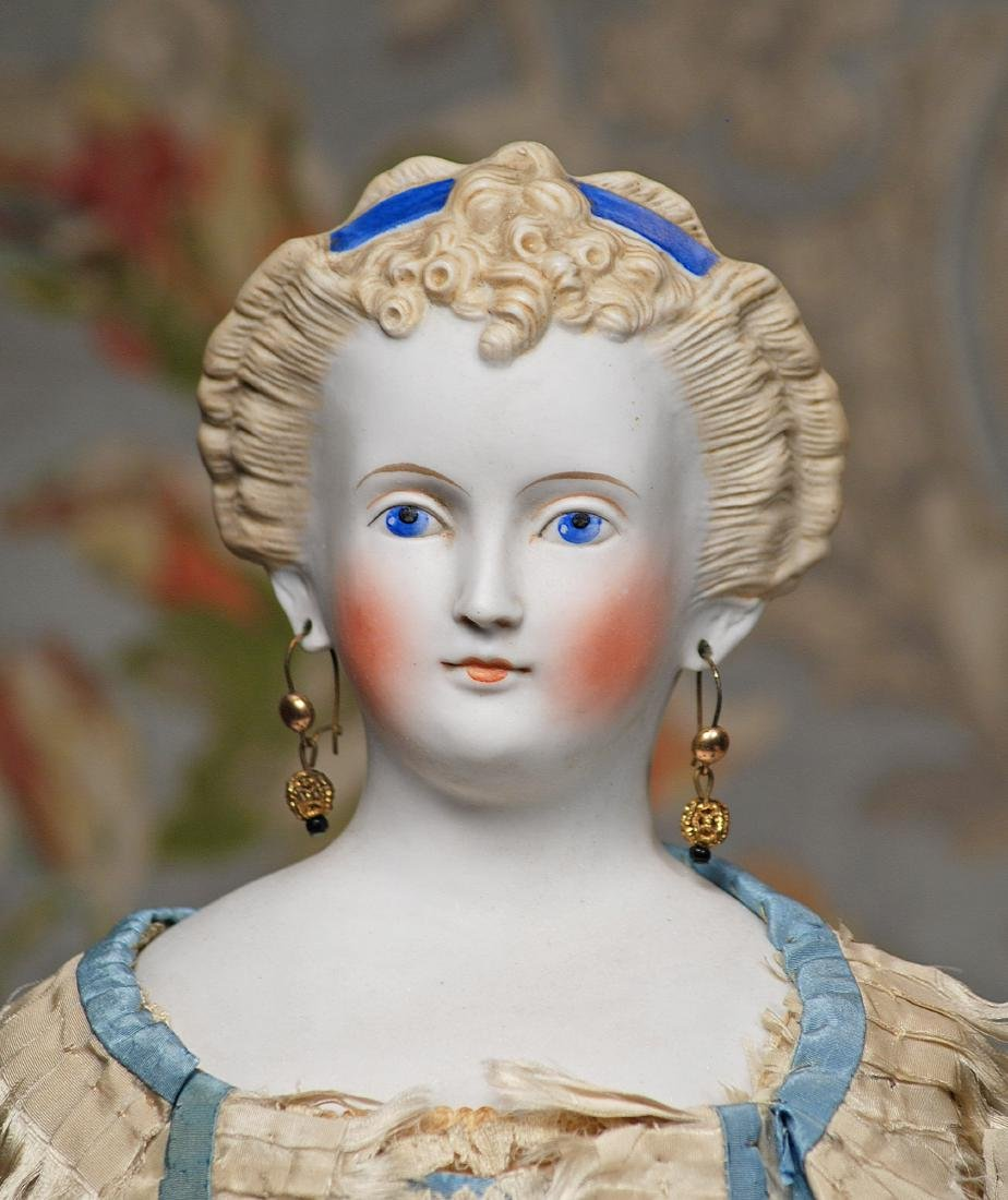 GERMAN BISQUE PARIAN LADY WITH SCULPTED HAIR AND - 3