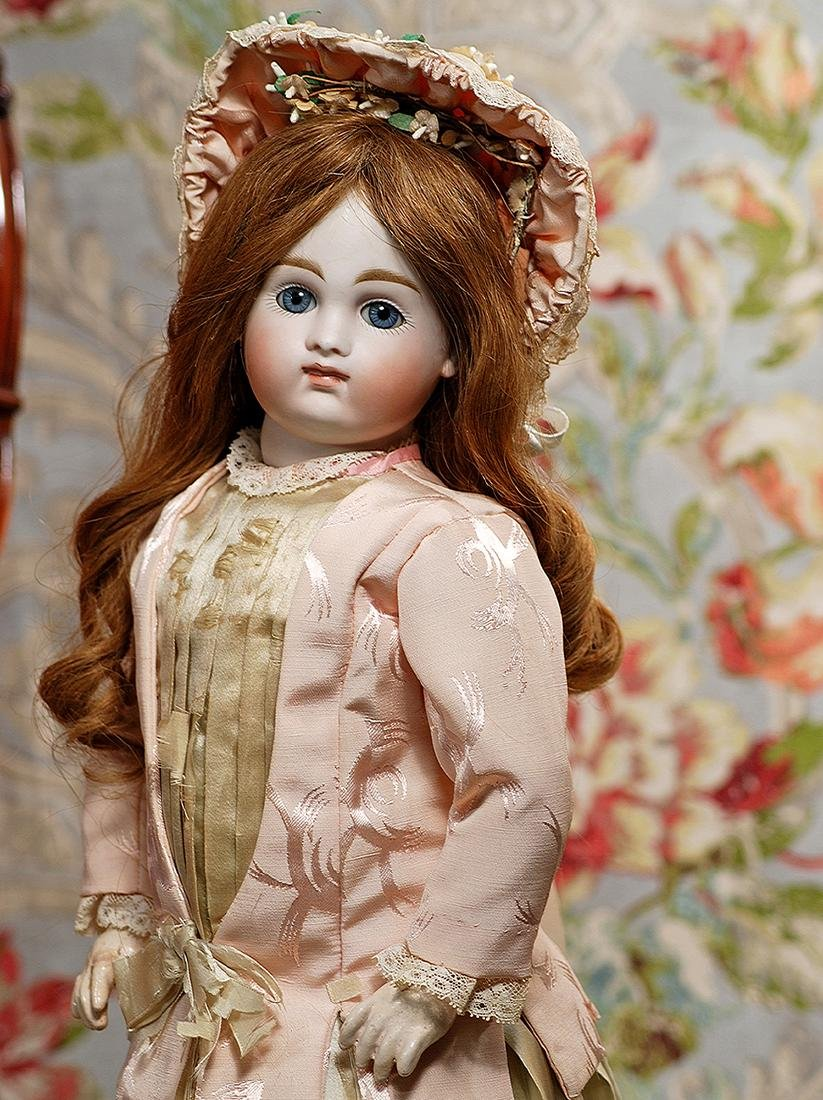 EARLY & BEAUTIFUL, CLOSED-MOUTH DOLL BY KESTNER Marks: