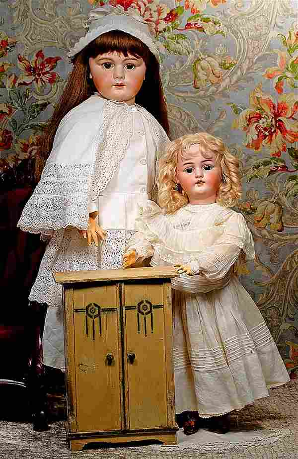 GERMAN BISQUE DOLL BY SIMON & HALBIG Marks: S & H 1079