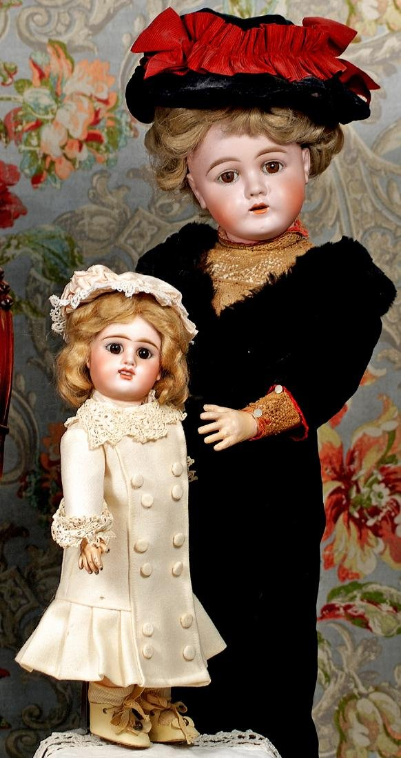 GERMAN BISQUE DOLL BY MAX HAND-WERCK Marks: 283/60 3.0