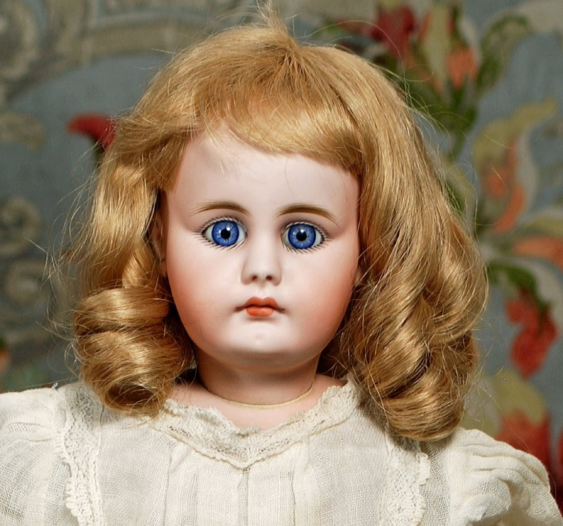 GERMAN BISQUE CLOSED-MOUTH DOLL BY SIMON & HALBIG.