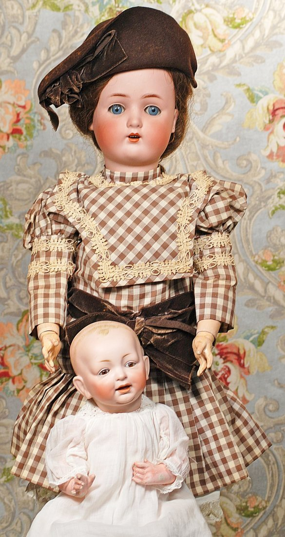 GERMAN BISQUE BROWN-EYED BABY BY KESTNER Marks: 11 15""