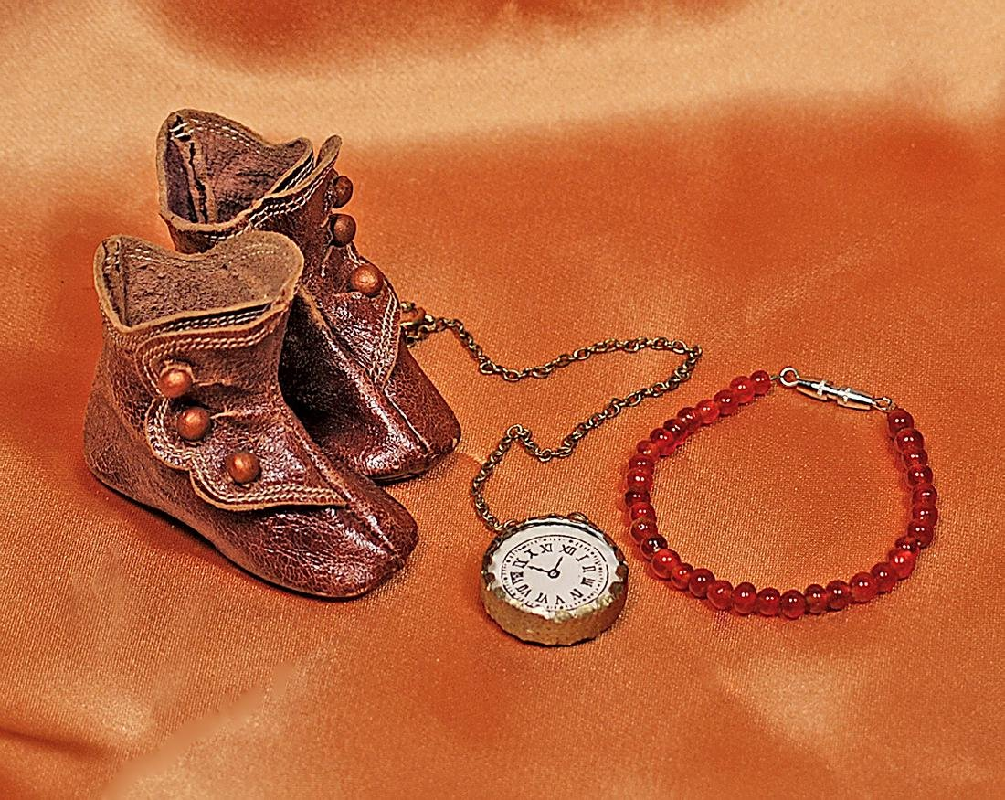 """ANTIQUE DOLL BOOTS AND ACCESSORIES 2"""" L. pair of brown"""