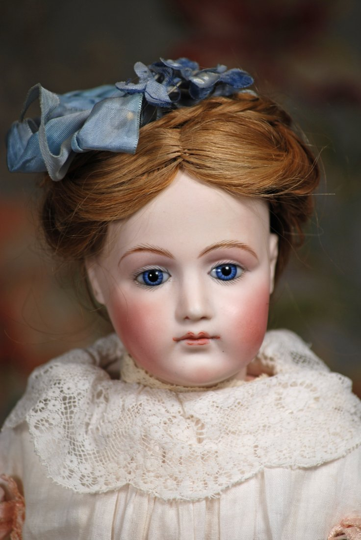 FRENCH BISQUE JUMEAU POUPEE WITH LOVELY PORTRAIT FACE