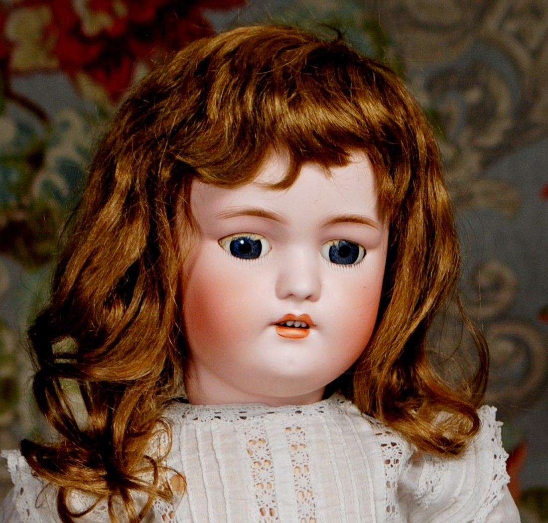 GERMAN BISQUE DOLL BY SIMON & HALBIG - 2